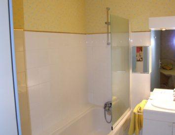 Chambre El Cami, salle de bain- Le Belvédère, Ascou